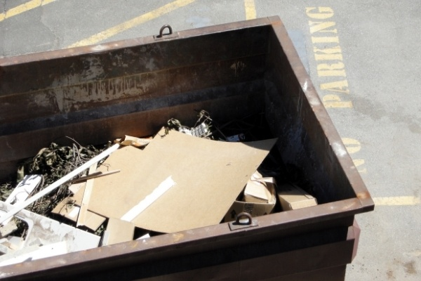 An example of commercial roll off dumpsters.